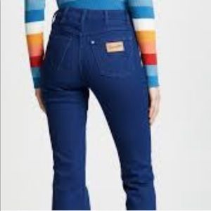 Wrangler exaggerated boot cut, high waisted jean